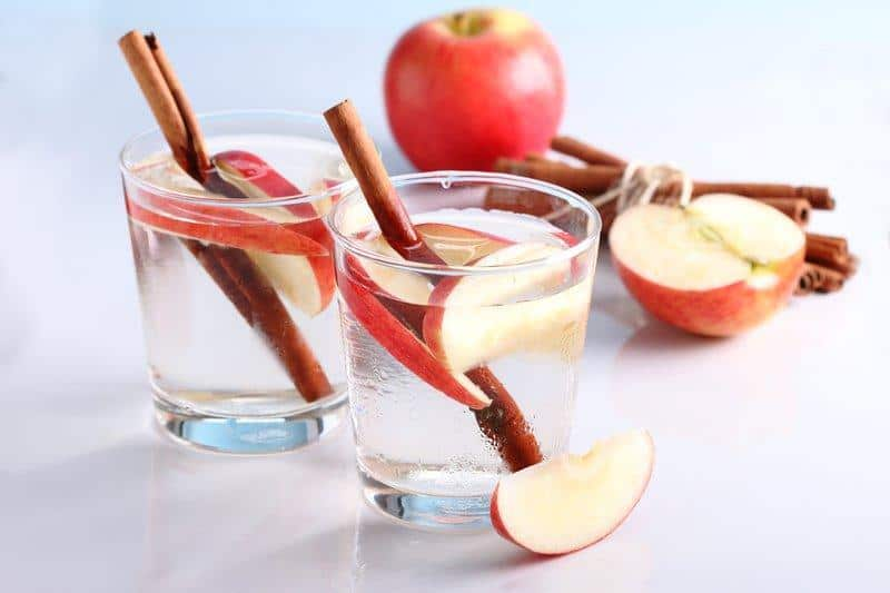 Apple Cinnamon Detox