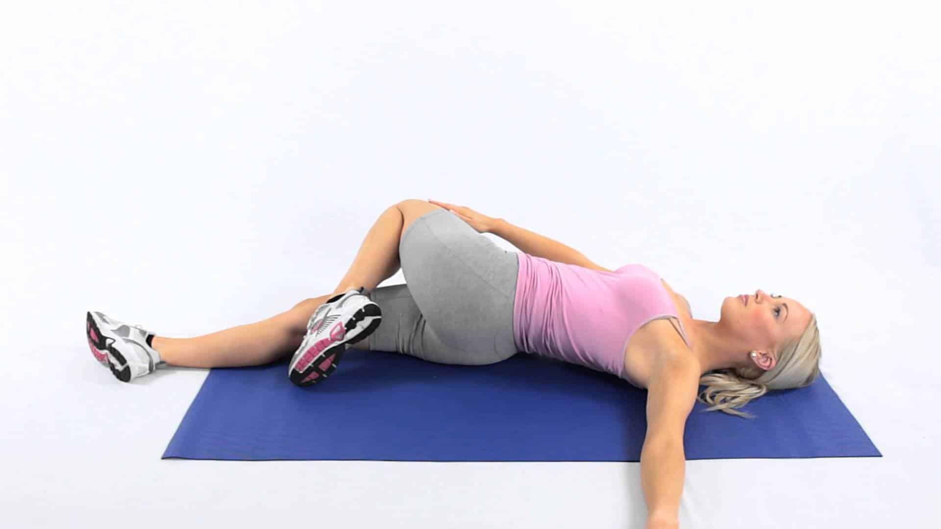 lying knee twist