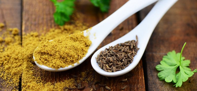 Aside from acting as an antioxidant, you can also use cumin for weight loss purposes. It has an anti-inflammatory effect that combats unwanted bloating, lowers cholesterol and blood sugar levels, and improves symptoms of irritable bowel syndrome.