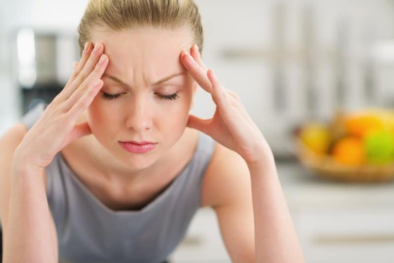 A vitamin b2 deficiency can cause migraines.