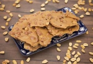 Brittle with Peanuts Surrounding