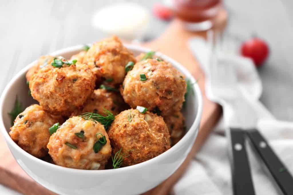 vegan meatballs in bowl