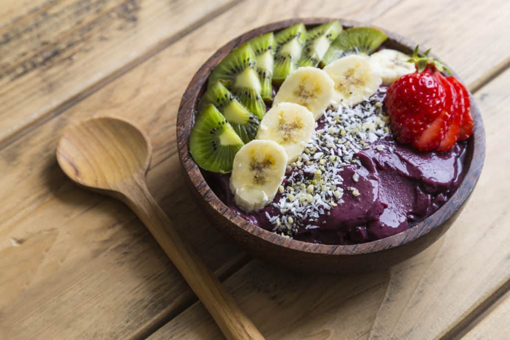 Your Guide to Making Your Own Healthy Acai Bowls