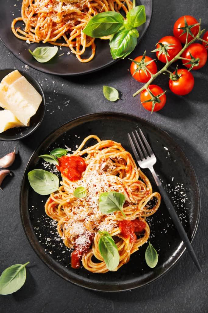 Mediterranean Diet: Origins, Benefits and Foods 3